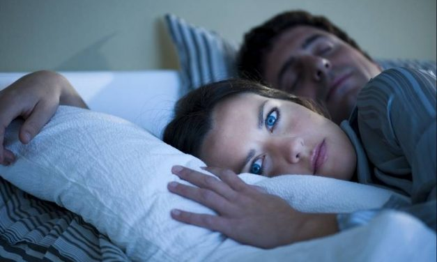 Insomnia: Causes, Symptoms & 11 Tips To Stop Insomnia Naturally