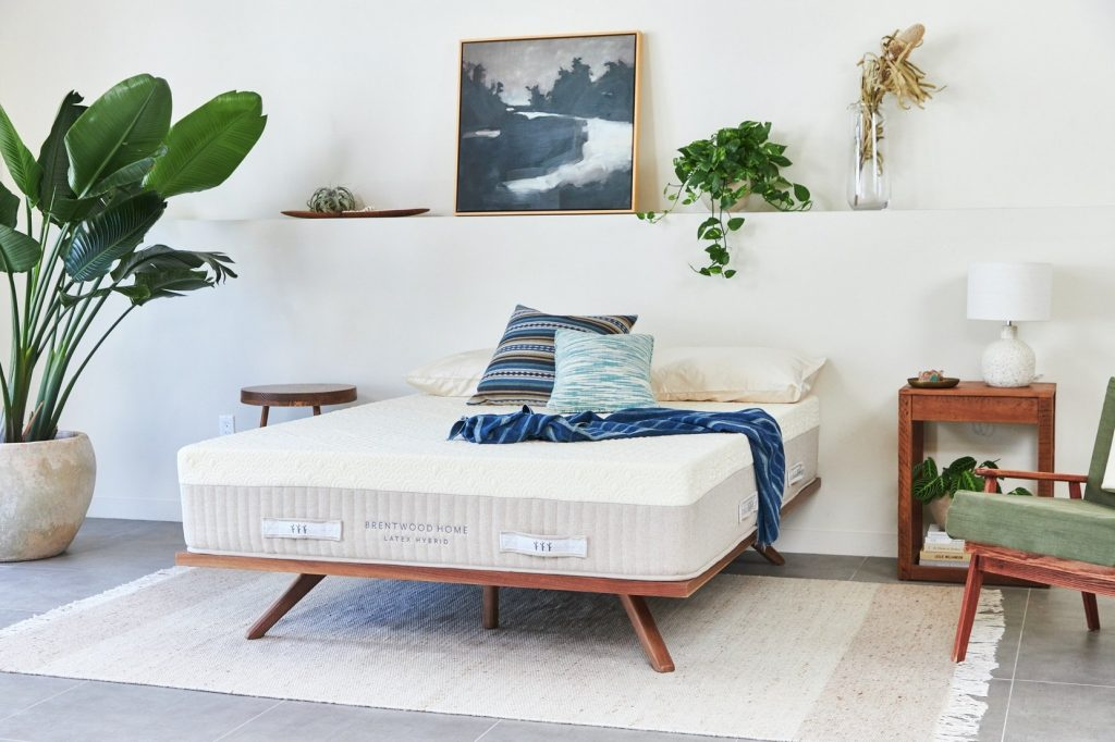 Hybrid Mattress by Brentwood Home