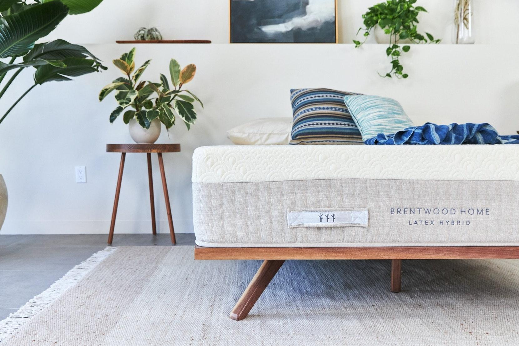 Hybrid Mattress by Brentwood Home 5